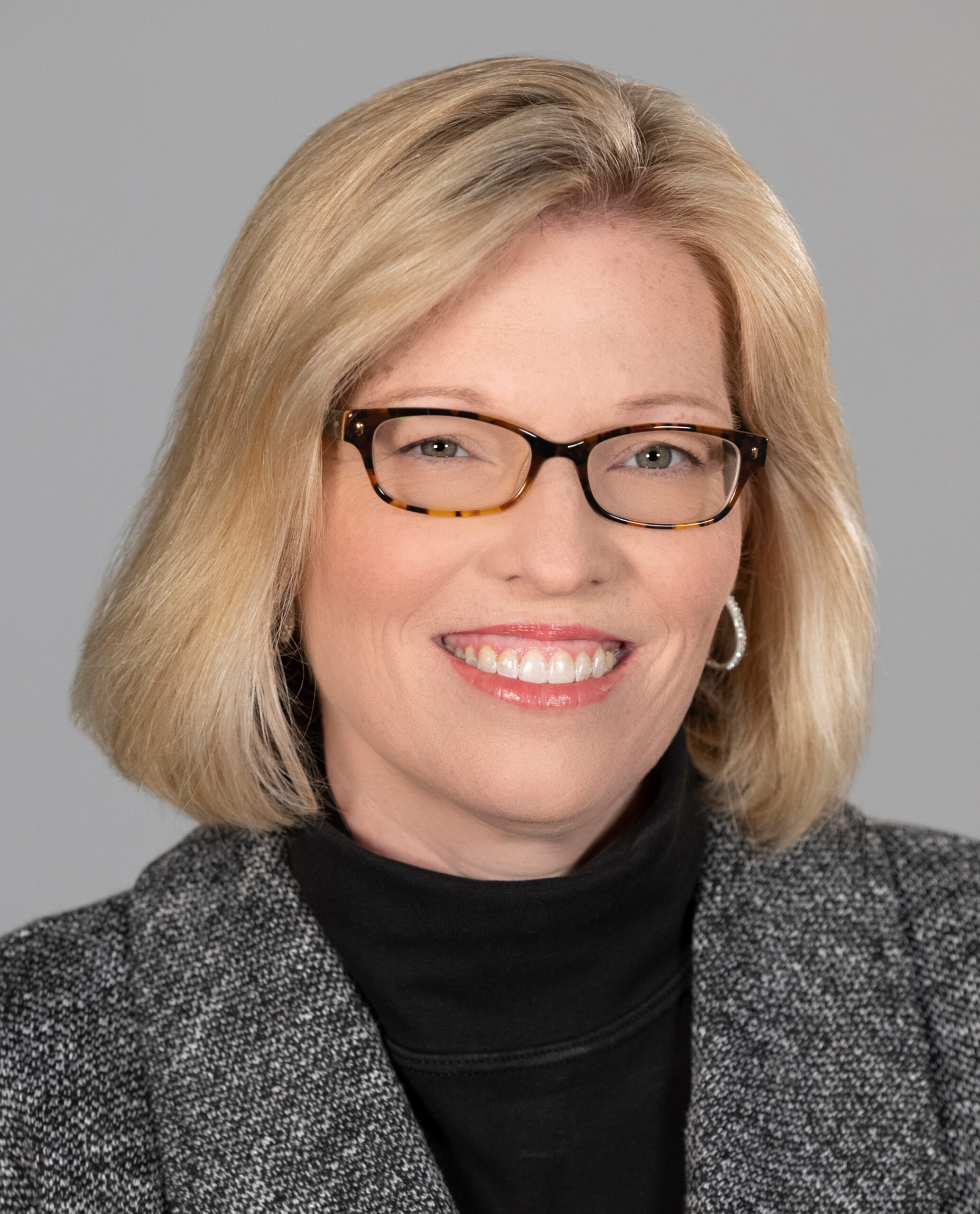 Sabrina Osborne Headshot Crop